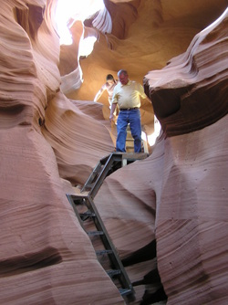 Einstieg in den Lower Antelope Canyon